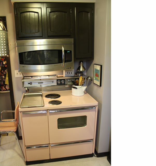 retro Pink Kitchen Stove 3 | the both and | shorts and longs | julie rybarczyk