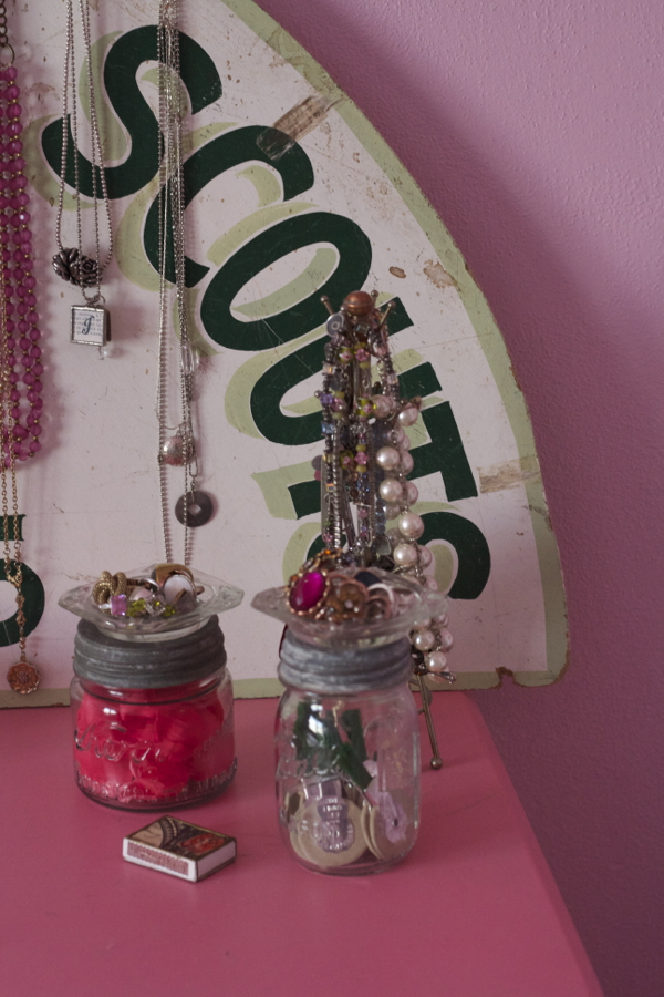 pink bedroom jewelry | shorts and longs | julie rybarczyk 41